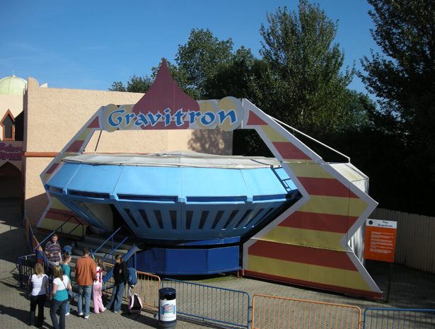 Gravitron - Pleasure Island - formerly at Alton Towers